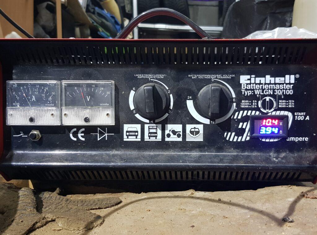 Зарядное устройство автомобильных аккумуляторов